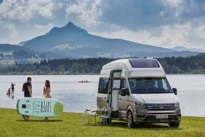 volkswagen california xxl boasts panoramic roof for stargazing - curbed
