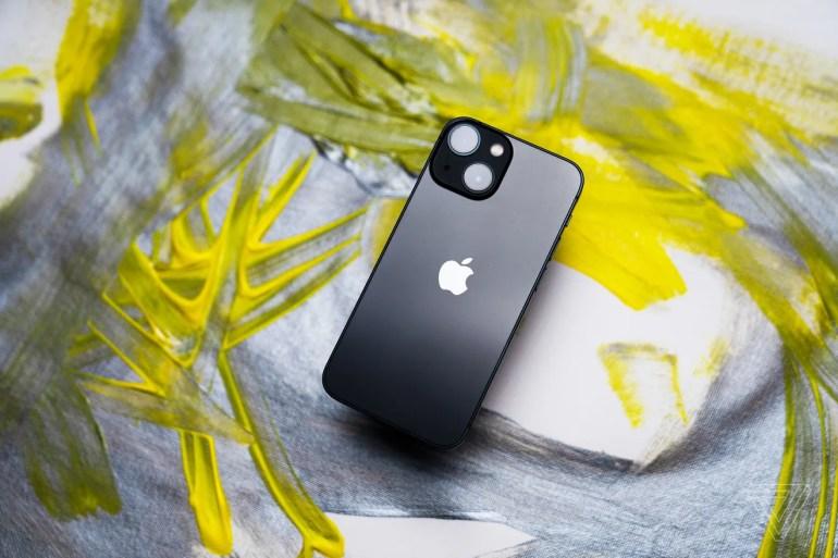 iPhone 13 Camera Specs