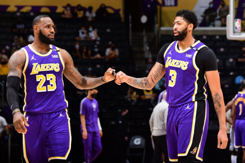 Lakers to treat their final games like practices before playoffs - Silver  Screen and Roll