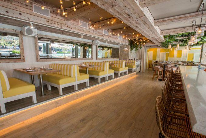 Tour Pizzeria Portofino, Lettuce Entertain You's riverside