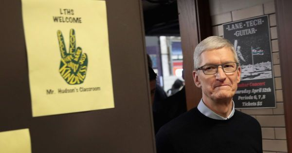Apple CEO Tim Cook explains why 'privacy is a human right ...