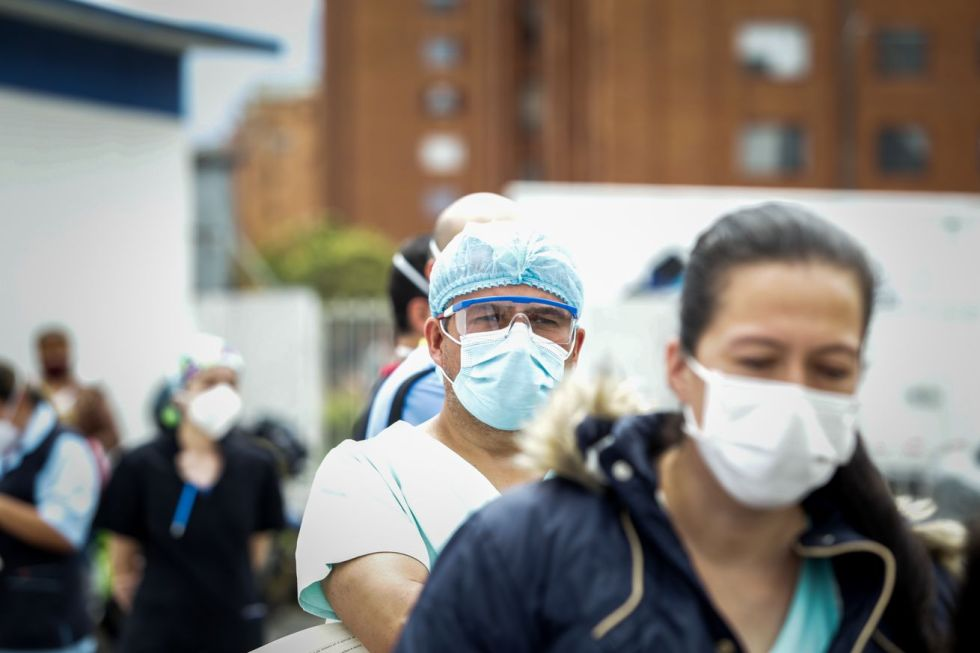 Vaccination process against COVID-19 begins in Colombia