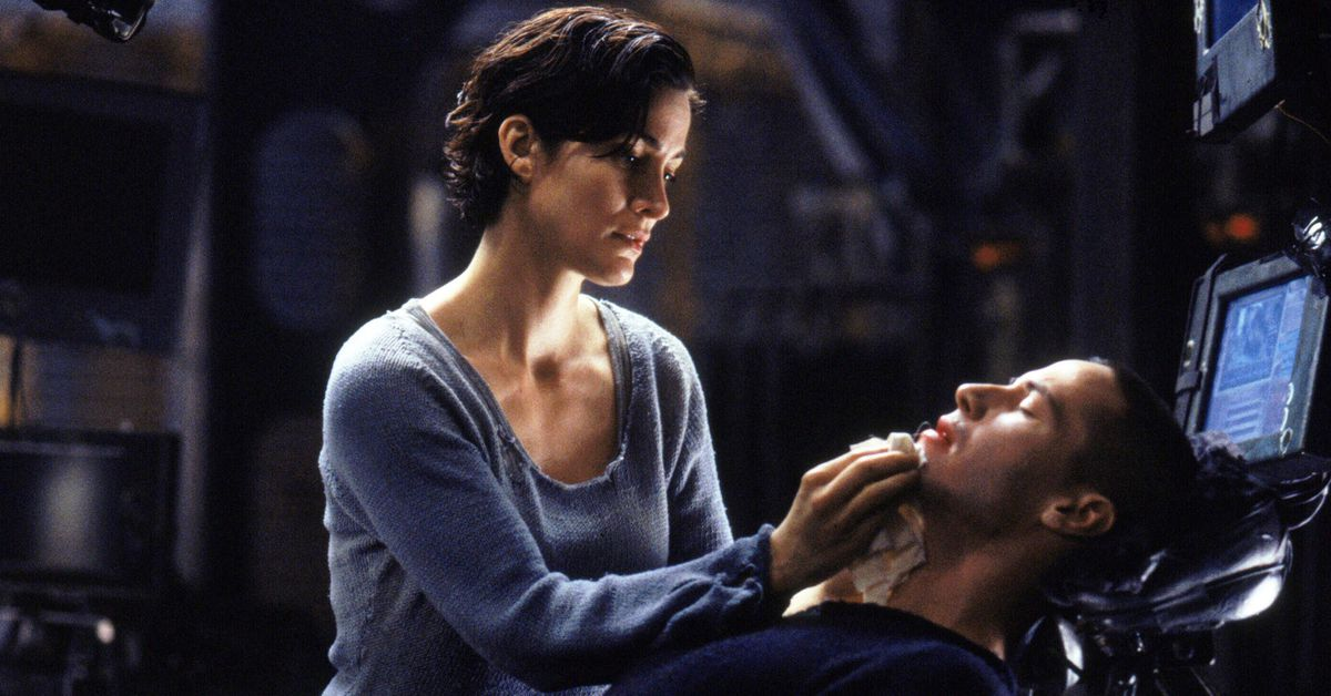 Keanu Reeves and Carrie Anne-Moss are making a new Matrix film