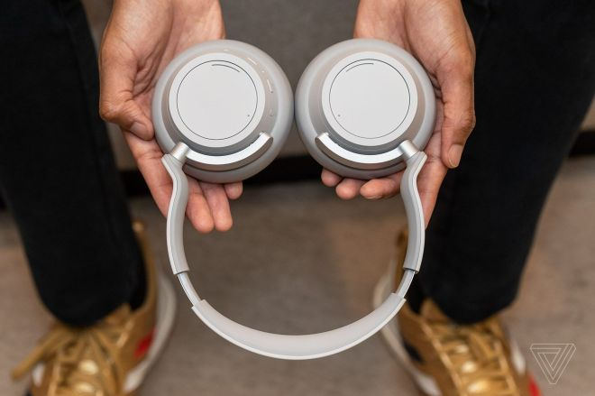 jbareham_181114_3083_0085.0 Get the Microsoft Surface Headphones new for just $82 at Woot | The Verge