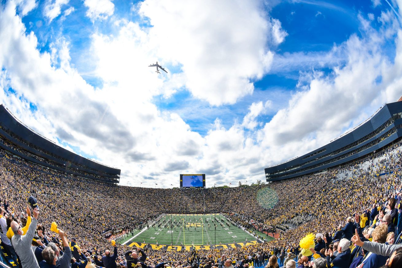 COLLEGE FOOTBALL: OCT 05 Iowa at Michigan