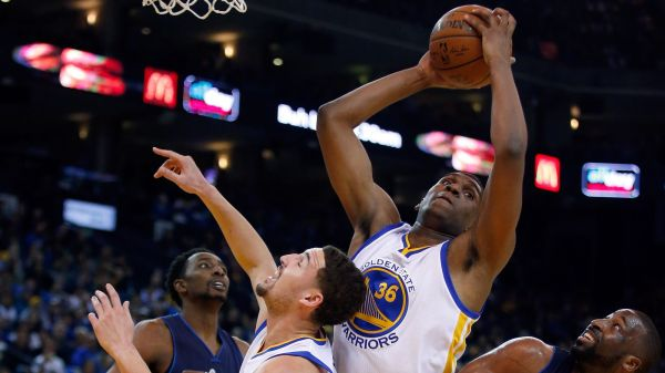 kevon looney reacts to steve kerr calling him - HD 1600×900
