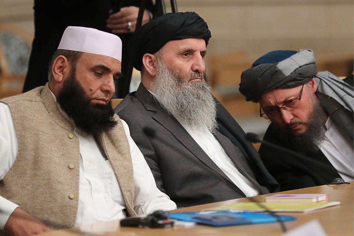 صورة أرشيفية ﻷعضاء من حركة طالبان في محادث سلام