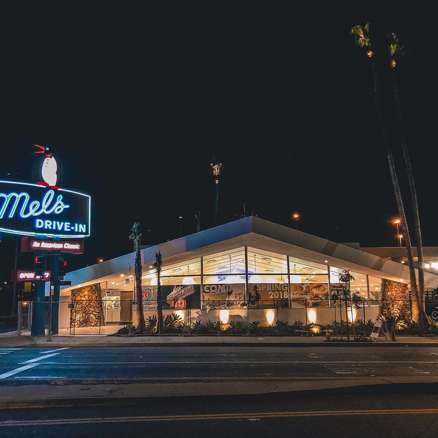 Mel's burger bar · 2850 broadway, new york, ny 10025. Mel S Drive In Opens A Classic Diner In Santa Monica This Week Eater La