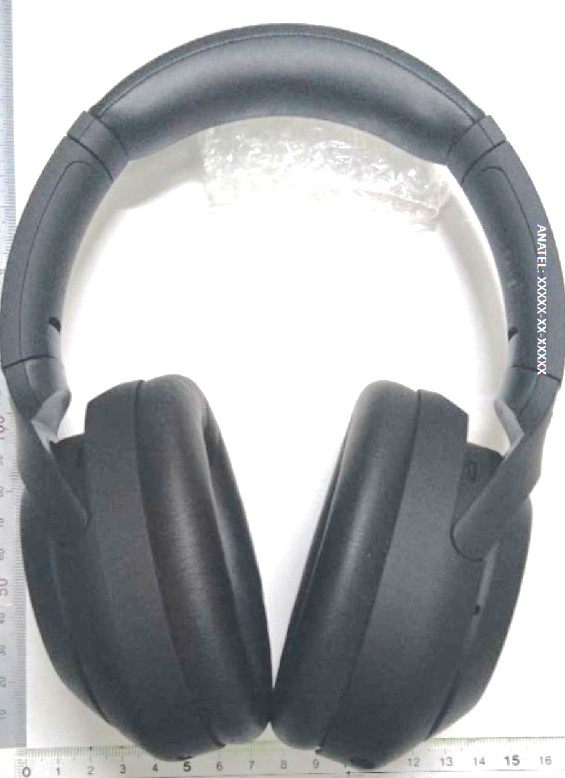 Sony WH-1000XM4 headphone leak hints at even longer battery life