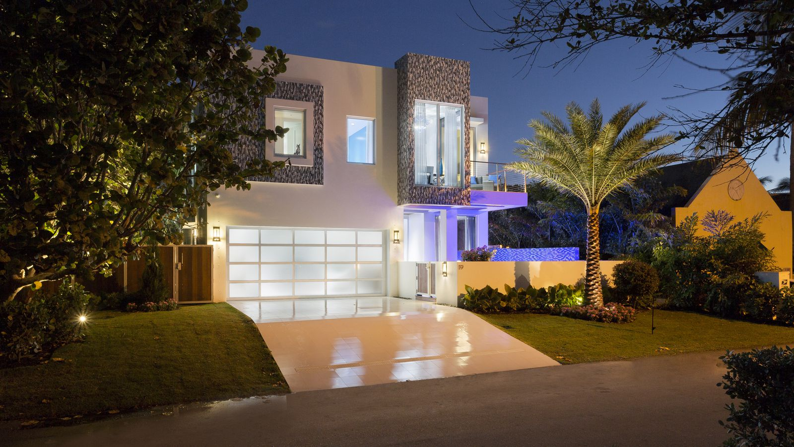 Tour Frank McKinneys 4M Florida Micro Mansion Curbed