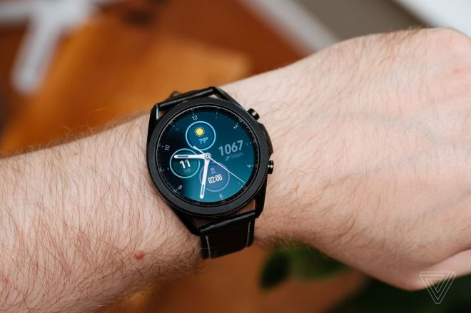 dseifert_200811_4139_0015.0.0 Samsung launches EKG support for latest Galaxy Watch devices in 31 more countries | The Verge