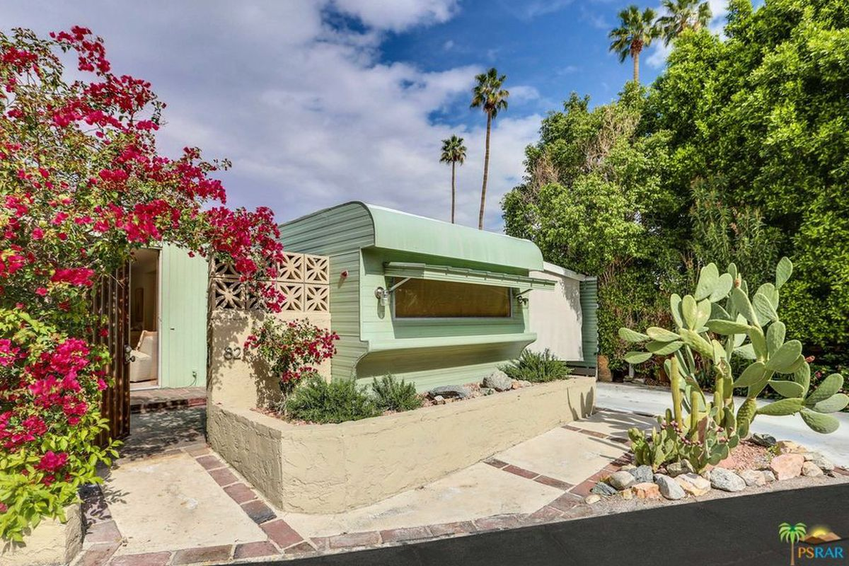 Darling 50s Trailer Home In Palm Springs Can Be Yours For