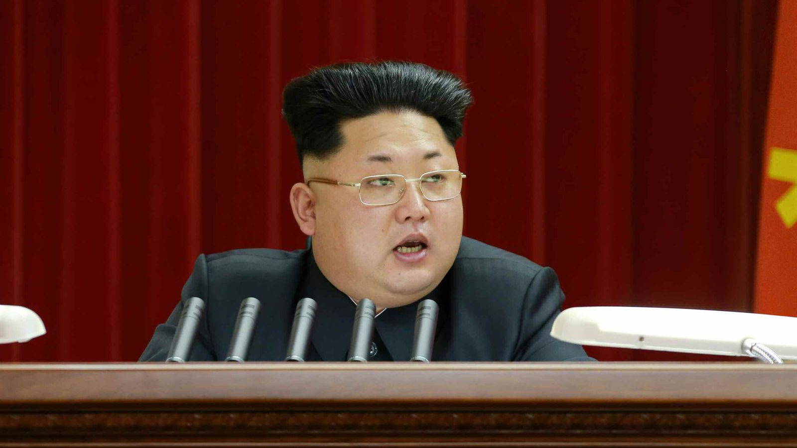 Kim Jong Un Has An Amazing New Haircut We Have Many Many