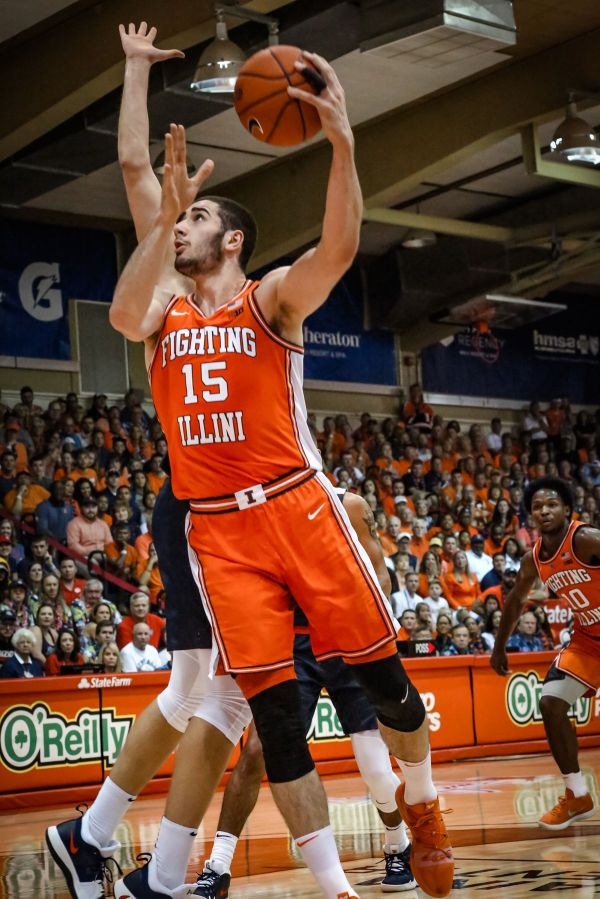 Illinois Basketball Begins Italy Exhibition Tour with Win ...