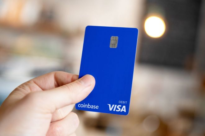 COINBASECARD_PR_IMAGERY_190403_0119.0 Coinbase launches its cryptocurrency Visa debit card in the US | The Verge