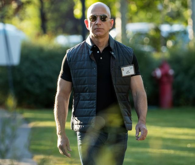 Amazon Ceo Jeff Bezos Drew Angerer Getty Images