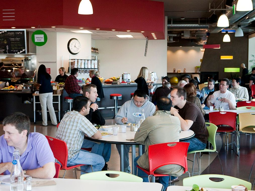 """Google cafeteria workers unionized, saying they're """"overworked and underpaid"""" - Vox"""