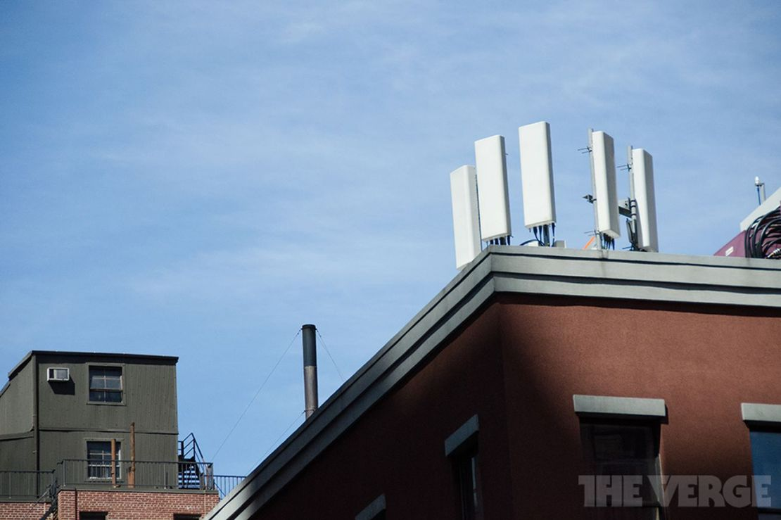 Cell tower (STOCK)