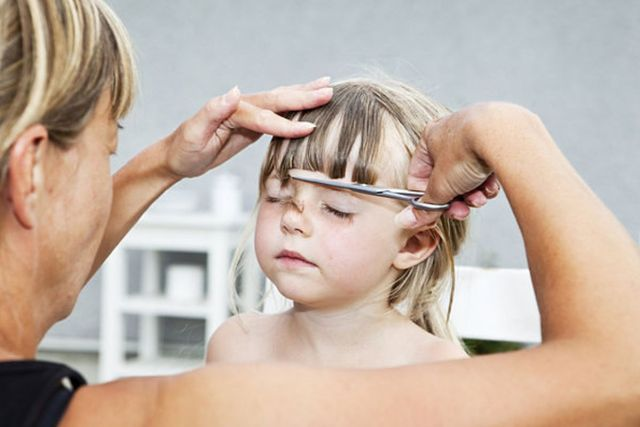 moms rally to defend bad childhood haircuts of the '70s
