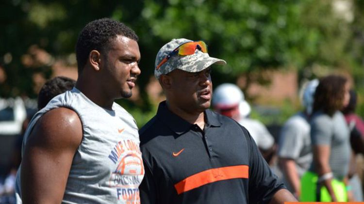 5-Star Defensive Tackle Andrew Brown Commits to Virginia ...