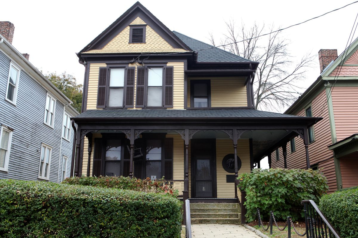 Martin Luther King Jr S Birth Home An Atlanta Icon Has