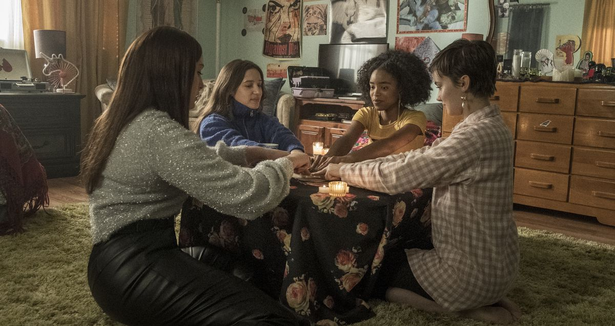 The teen witches enact a ritual in The Craft: Legacy