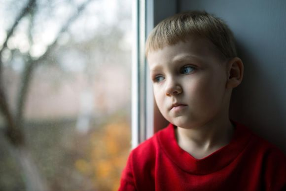What the loss of a father in the home does to a child's health - Deseret  News