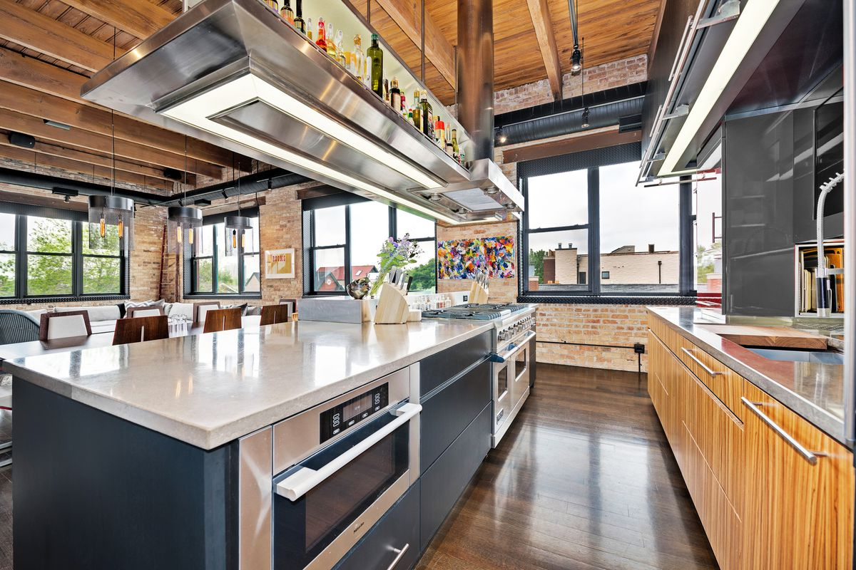 Four Great Corner Unit Industrial Lofts For Every Budget
