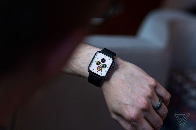 vpavic_190913_3669_0258.0 Apple watchOS 7 features leak: sleep tracking, watchface sharing, and more | The Verge