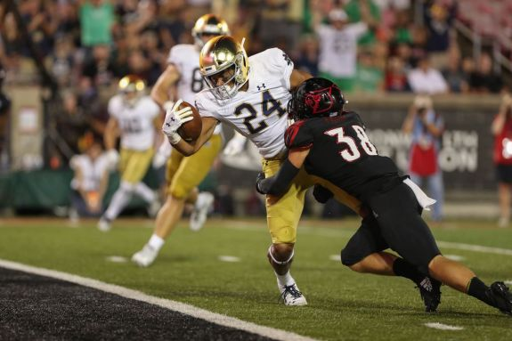 This Guy Plays Notre Dame Football: #24 Tommy Tremble, Tight End - One Foot  Down