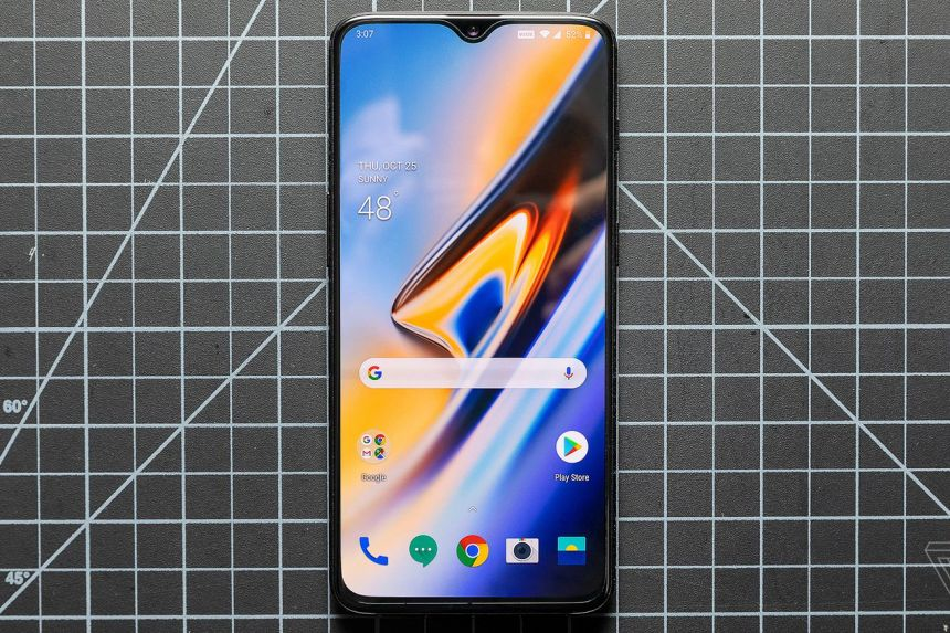 <em>OnePlus 6T, the current OnePlus flagship device.</em>