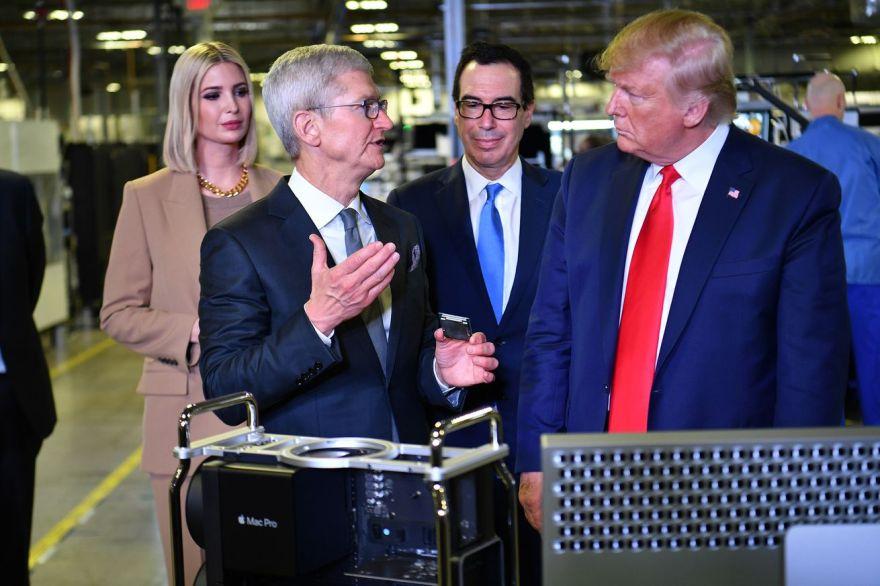 US-POLITICS-TRUMP-technology-Apple