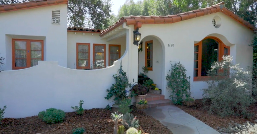 Handsome 1930s Spanish Style In Pasadena Asks 1 26m
