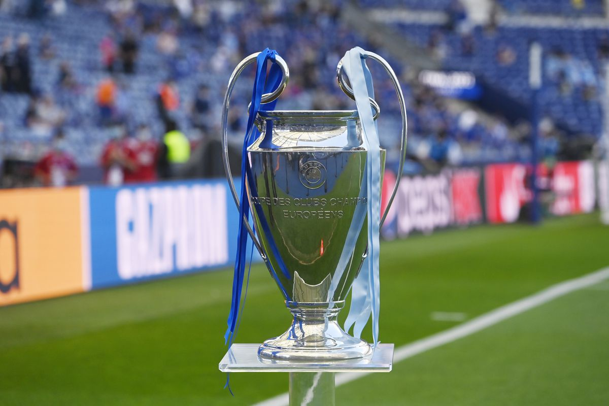 Follow all the latest uefa champions league football news, fixtures, stats, and more on espn. Ac Milan S Return To The Champions League Begins Tonight With Group Stage Draw The Ac Milan Offside