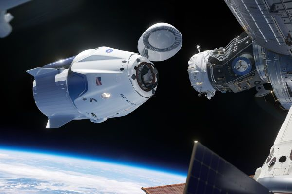 SpaceX gets NASAs okay to launch new spaceship on