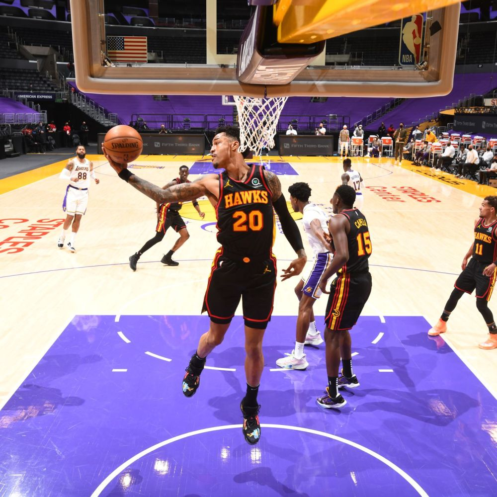 Hawks beat short-handed Lakers 99-94 after LeBron James exits with apparent  injury - Peachtree Hoops