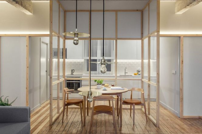 Spanish Apartment Renovation Breaks E Up Into Zones
