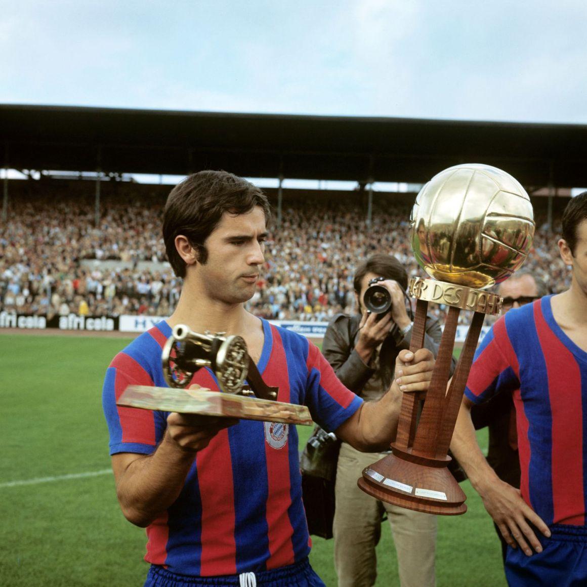 Hansi Flick says he thinks Gerd Müller is the greatest footballer of all time. - Bavarian Football Works