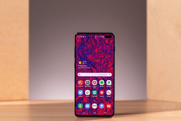 Android 10 is rolling out to Galaxy S10 phones on AT&T ...