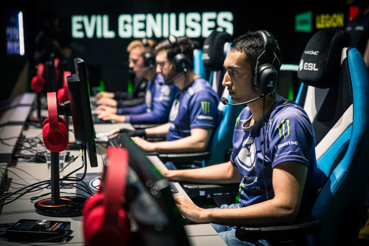 ESL Signs Exclusive Streaming Deal With Facebook For CSGO