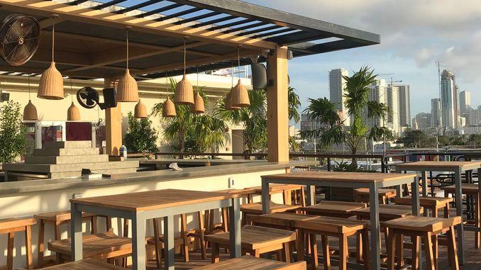 A Greek-Inspired Rooftoop Lounge Sets Up Shop in Wynwood