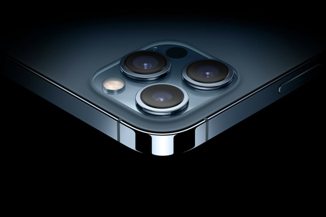 Screen_Shot_2020_10_14_at_19.02.13.0 The iPhone 12 Pro Max could be Apple's biggest camera jump in years | The Verge
