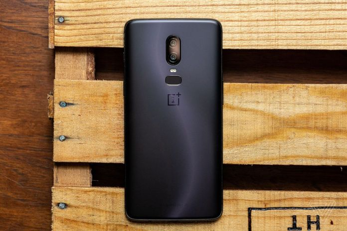 akrales 180517 2563 0057 - OnePlus 6 review: new phone, same compromises