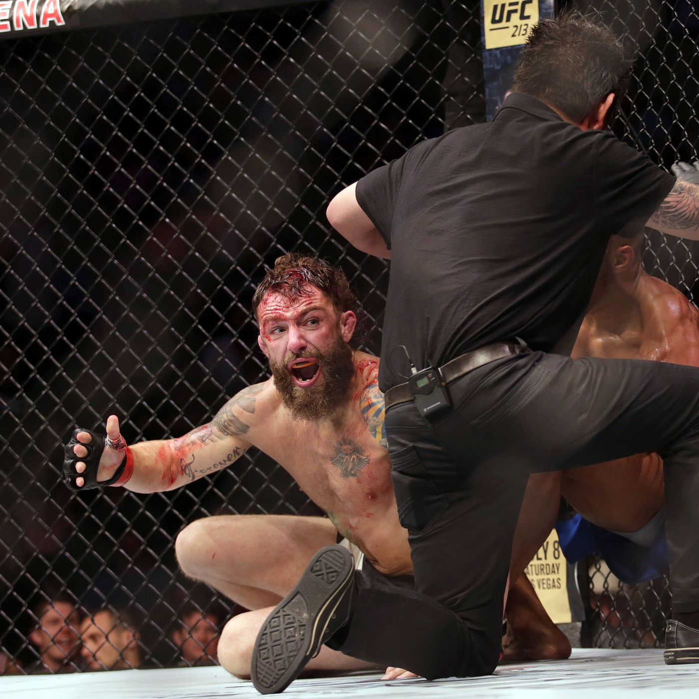 Outraged Michael Chiesa plans to appeal Kevin Lee loss, says Mario Yamasaki  'should never officiate ever again' - MMA Fighting