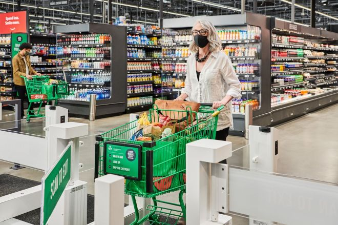Factoria_JWO_Exit.0 Amazon brings its cashierless tech to a full-size grocery store for the first time | The Verge
