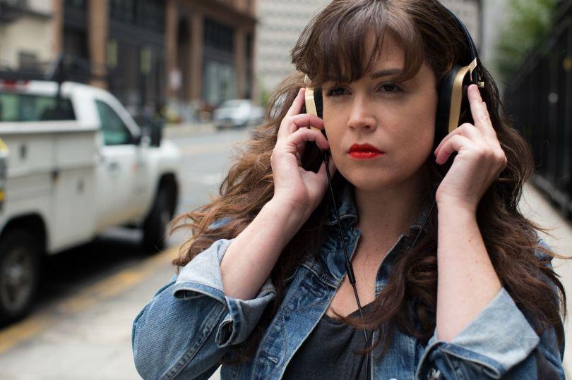 pryma-headphones-lopatto-street