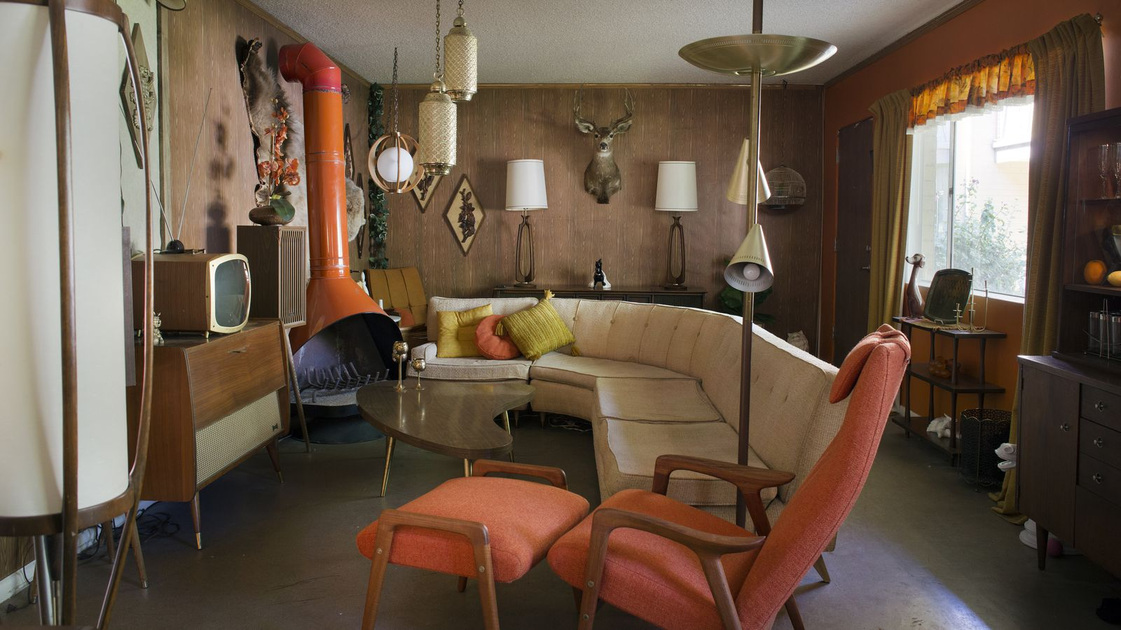 A Millennial In Love With Midcentury Modernism Creates