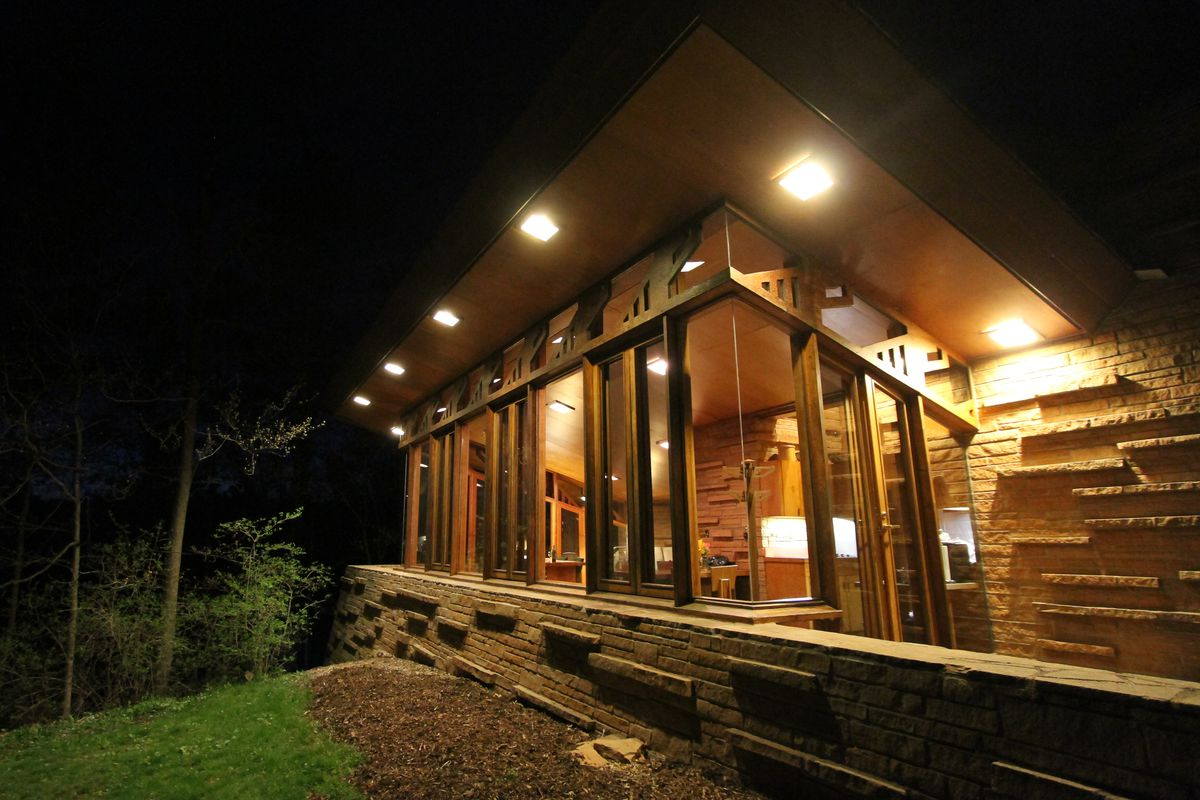 Frank Lloyd Wright S Smallest Project Has A Dramatic Tragic Past Curbed