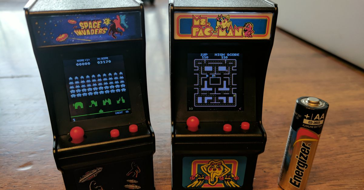 Tiny Arcade Machines For 20 Are Perfect Stocking Stuffers Polygon
