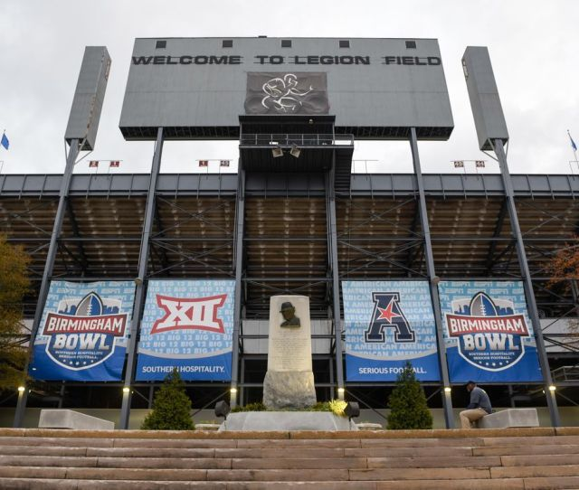 Bowl Games Schedule 2018 19 Updated Teams Game Times And More